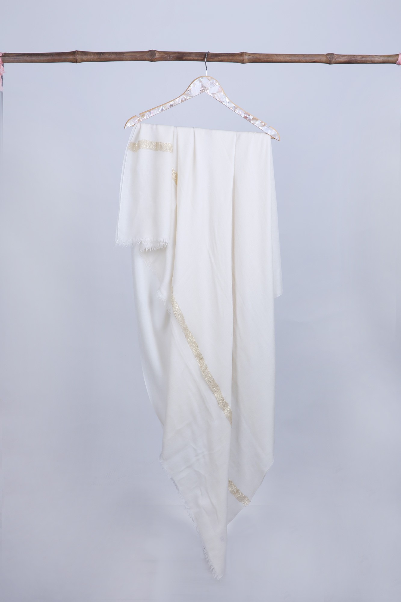 Handcrafted Over-sized Cashmere Wrap - VS 11511A Ivory