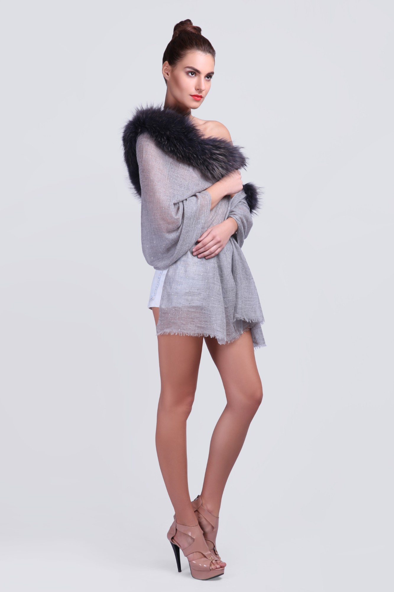 Elegant Pure Cashmere Scarf with Fur - VS 12231A Lt.Grey