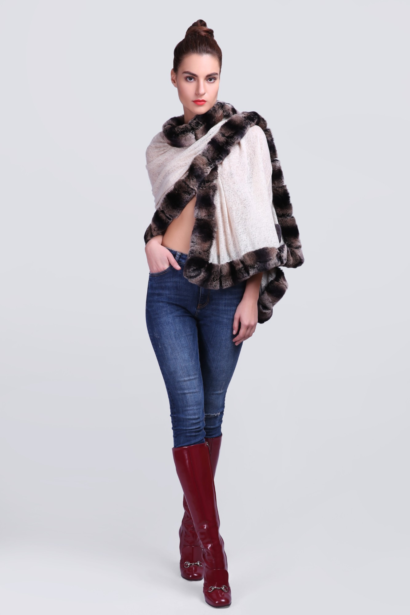 Handcrafted Cashmere with Fur - 12254 Beige