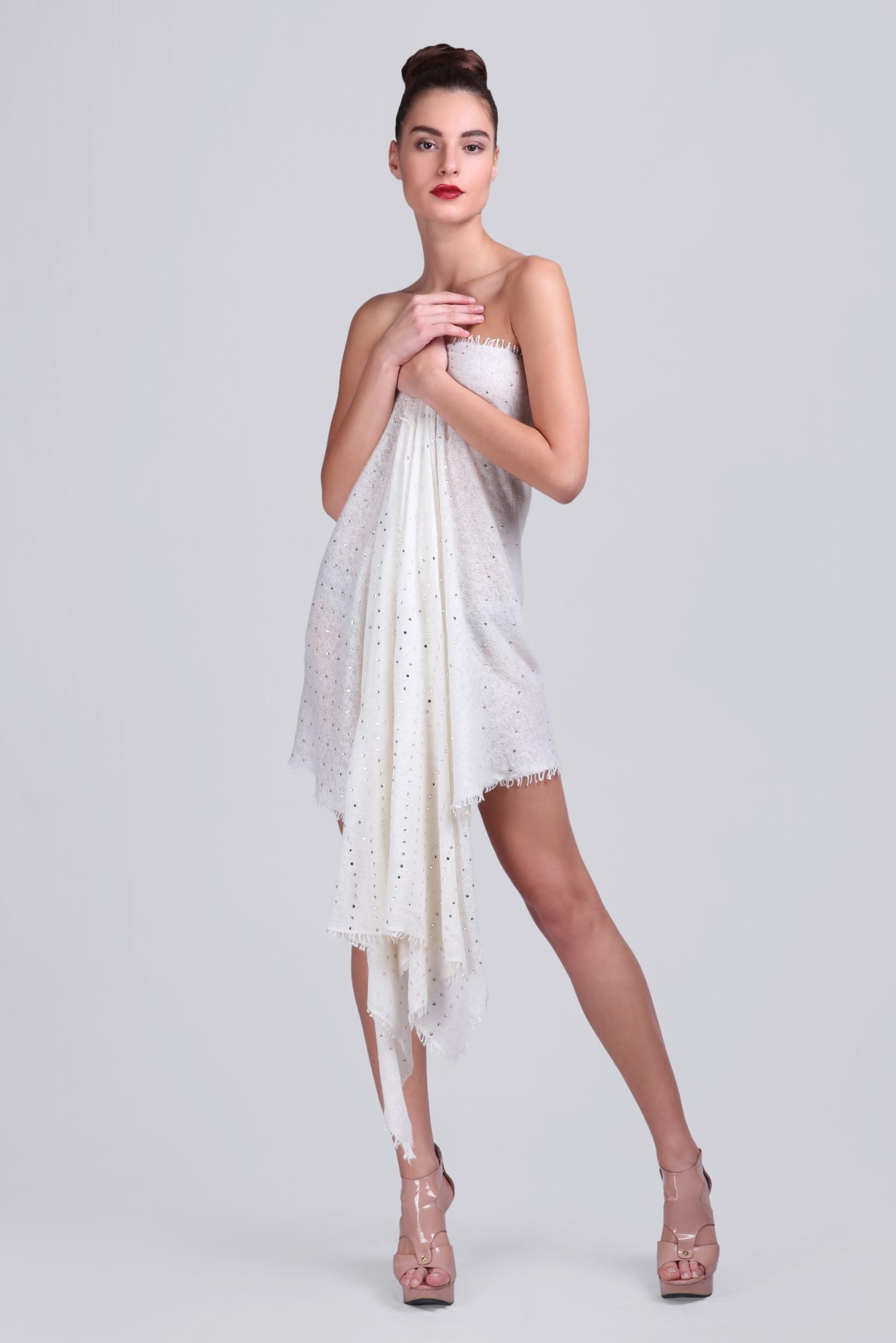 Timeless Knitted Soft Cashmere Scarf with Swarovski - VS 10401A Ivory