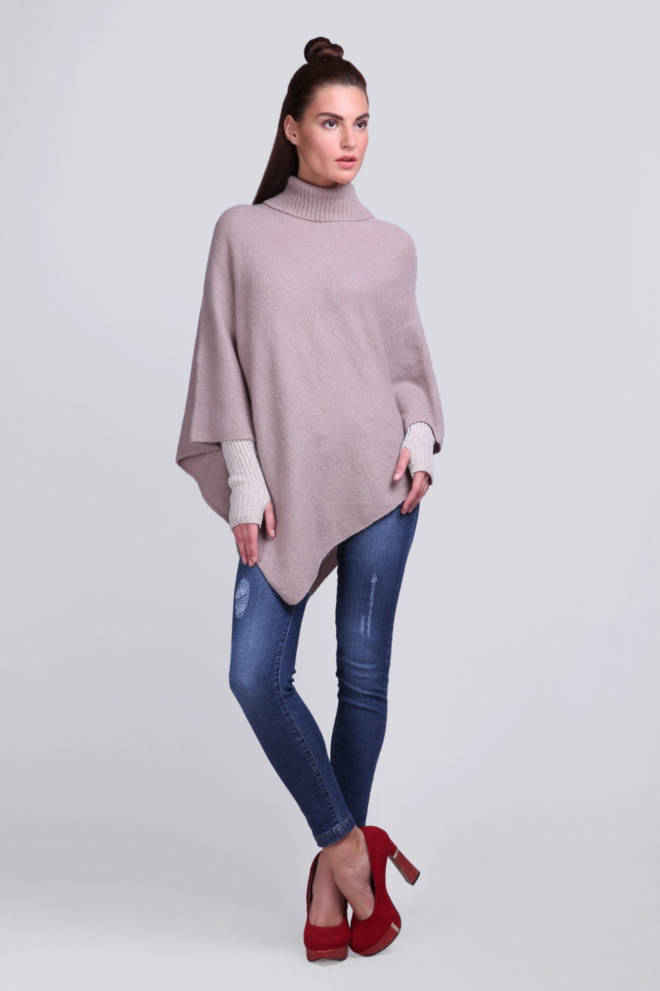 Knitted Handcrafted Fleece Ponchu - VS 12431A Coffee